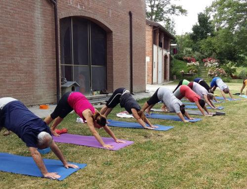 """Lo Yoga si """"confonde"""" con la natura"""